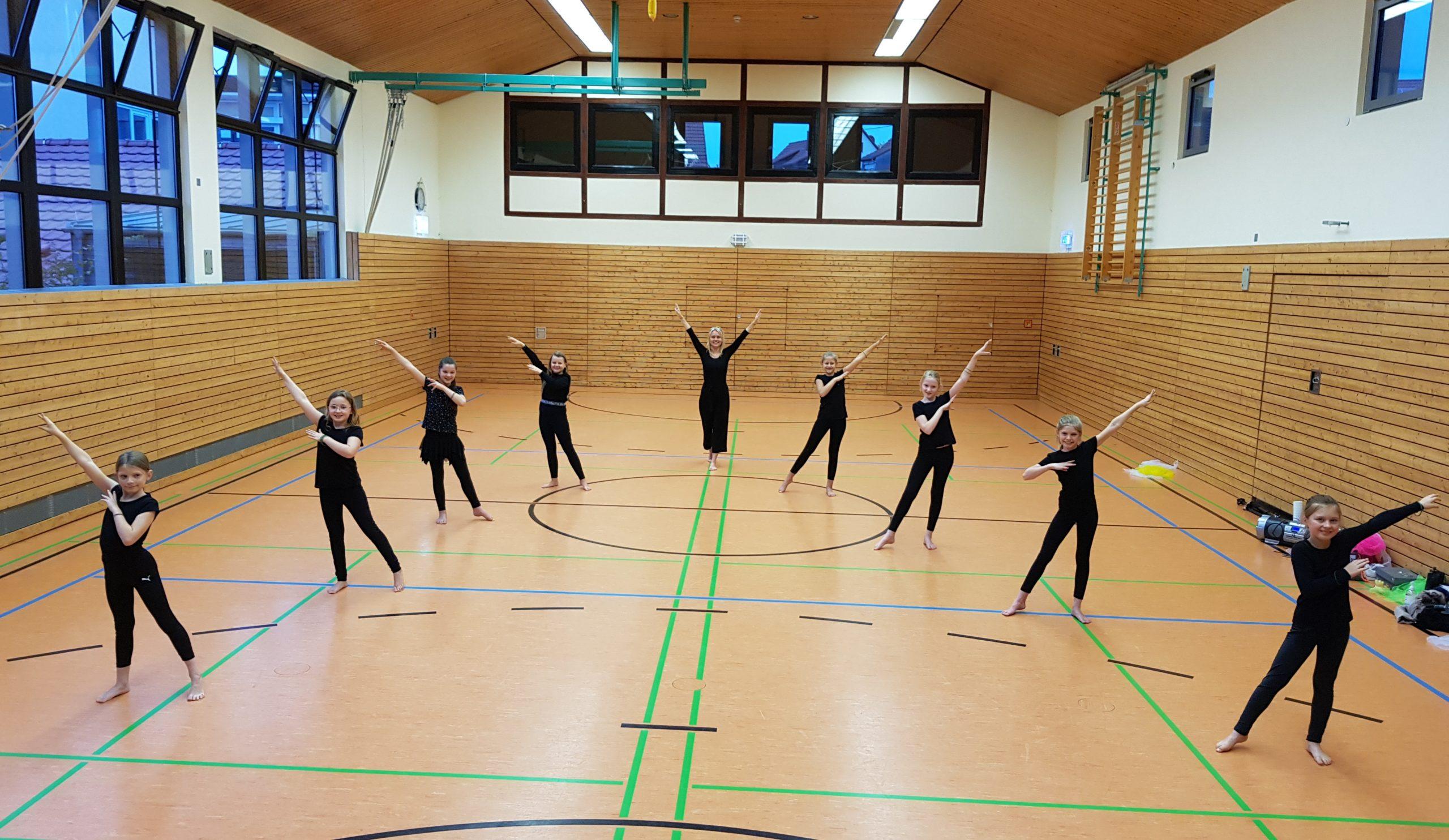 Dance Creation 10 2020 (1)